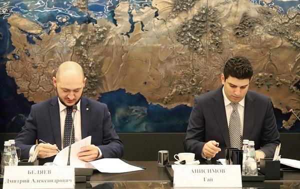 «РусГидро» установит на Дальнем Востоке еще 30 быстрых зарядных станций для электромобилей