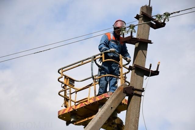 Иван Янин: В ходе подготовки к зиме энергетики Владимирэнерго отремонтировали более 4382 км ЛЭП