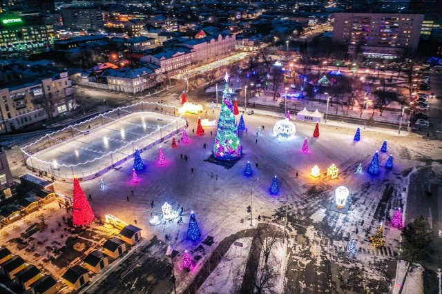 Специалисты филиала ПАО «Россети Волга» – «Оренбургэнерго» обеспечили электроснабжение новогодних площадок областного центра
