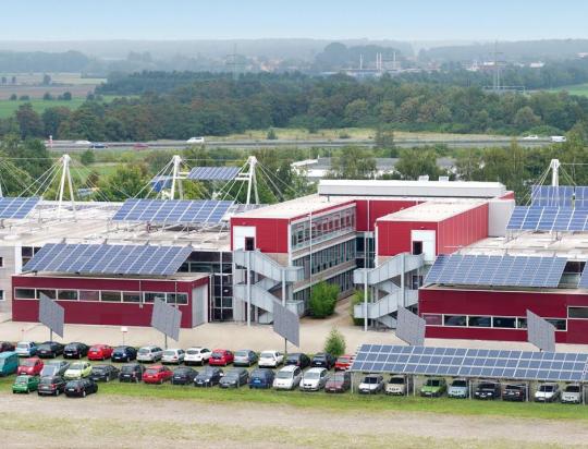 Google заказала более 100 тыс. солнечных панелей для офисов в Калифорнии
