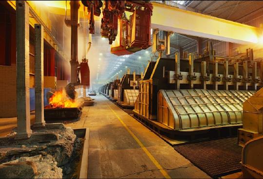 ОАЭ будут производить алюминий с помощью солнечной энергии