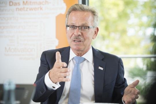 Председатель совета директоров Bosch призвал автопроизводителей выступить против электромобилей