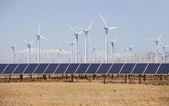 В Индии построят солнечно-ветровую электростанцию мощностью 600 МВт