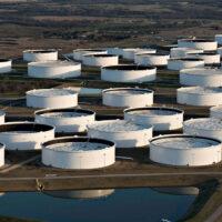 Запасы нефти в США увеличились на 4,4 млн баррелей за неделю
