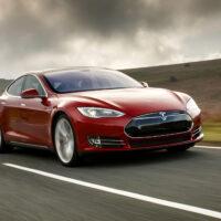 Власти США призвали Tesla отозвать 158 тыс. электромобилей