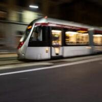 Hitachi Rail протестировала во Флоренции модифицированный трамвай на аккумуляторной батарее