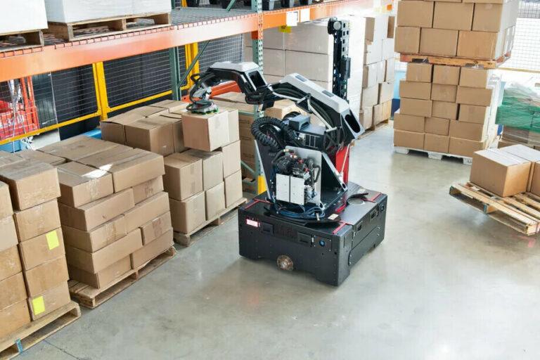 Робокладовщик от Boston Dynamics