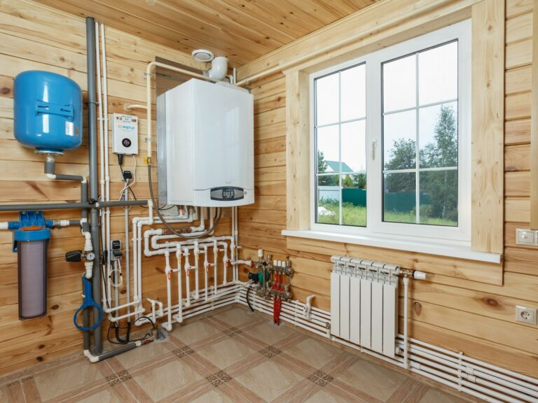 Газовое отопление дома. Как правильно выбрать газовый котел?