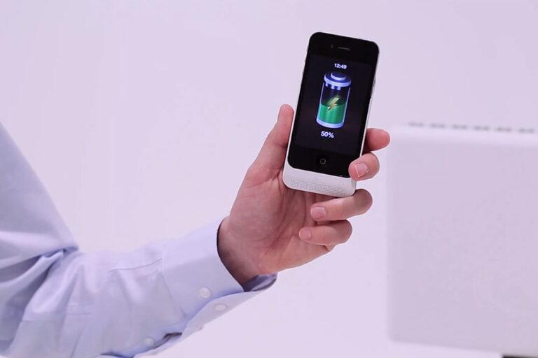 Motorola представила технологию «воздушной» зарядки смартфонов