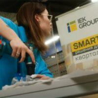 «Ток-челлендж» на оборудовании IEK® и ONI® – яркое шоу об электромонтаже