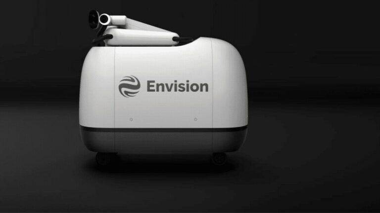 Envision Group представила автономного робота Mochi для быстрой зарядки электромобилей