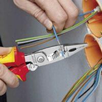 Чем можно быстро и безопасно зачистить проводку от изоляции
