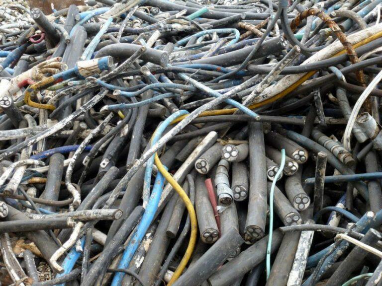 В Казахстане введен утилизационный сбор на кабель