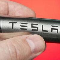 Новые аккумуляторы позволят TESLA создать грузовики
