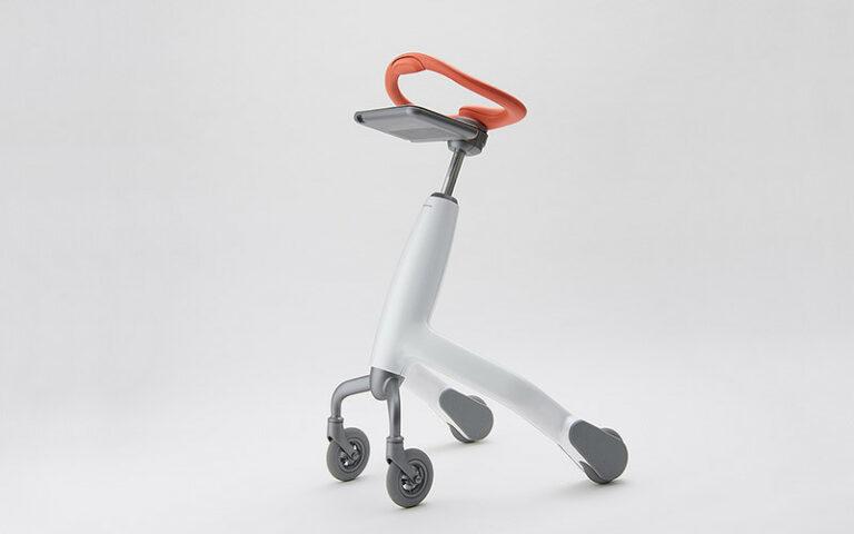 Тренировочный робот для ходьбы от Panasonic