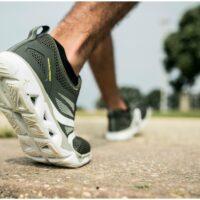 Ученые изобрели обувь вырабатывающую электричество