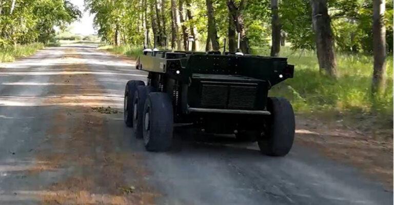 """Российский автономный дрон """"Маркер"""" совершил стокилометровый марш"""